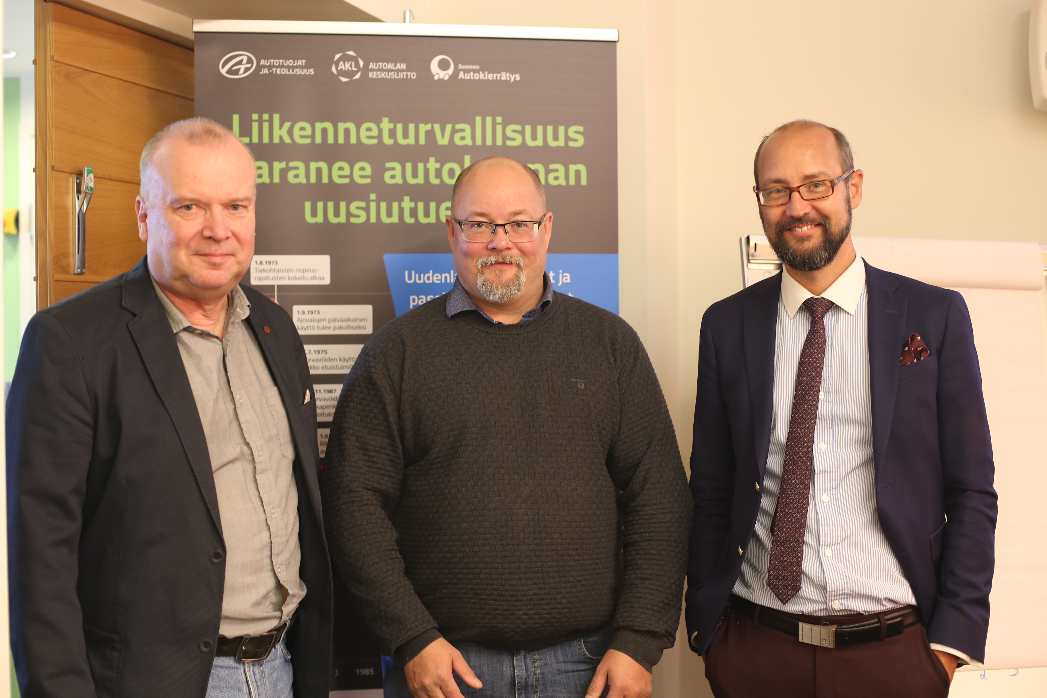 Arto Silvennoinen, Kari Laine ja Tero Kallio.